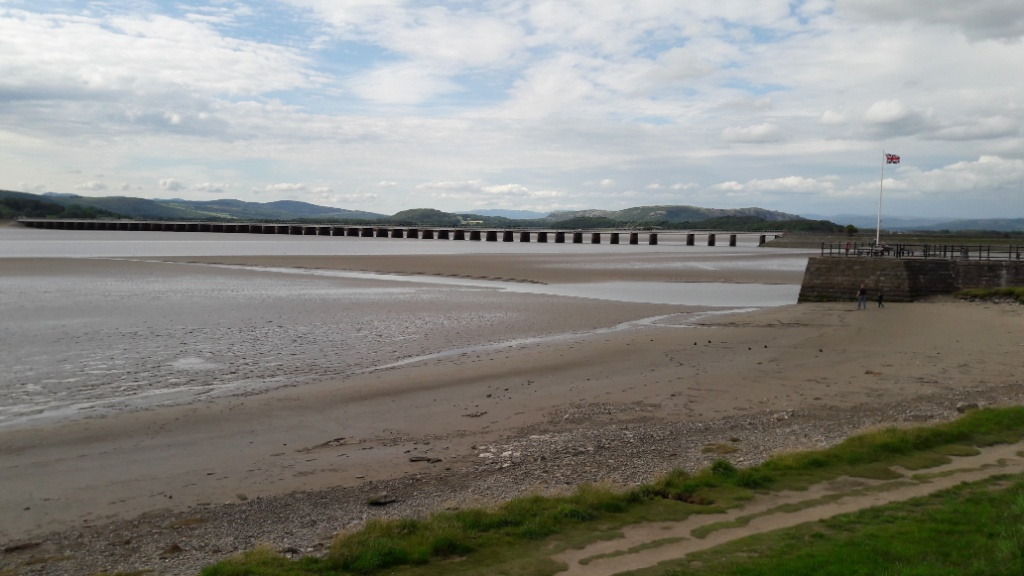 <b>Kent Channel and South Lakeland Fells from Arnside